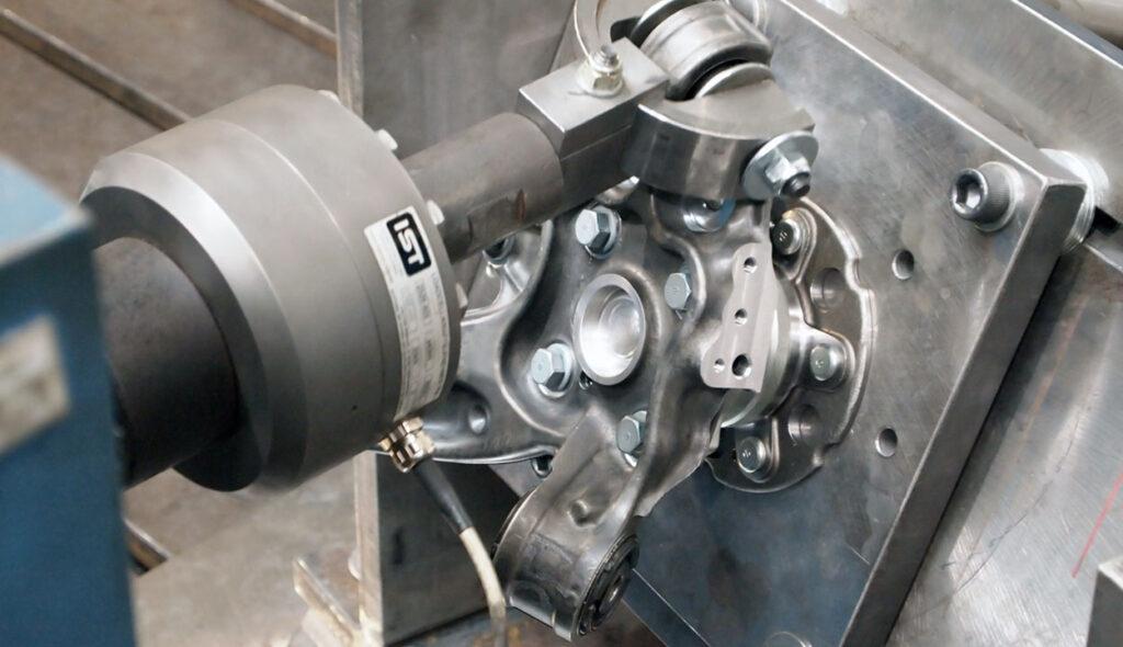 sji-fatigue-test-chassis-aluminium-automobile